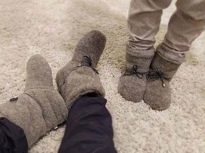 Обувь из овечьей шерсти