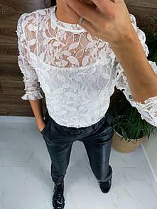 Прозрачная блуза из гепюра нарядная украшенная жемчугом и топом в комплекте (р. 42-44) 81ru439