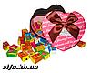 Love is... в подарочной упаковке 100 шт