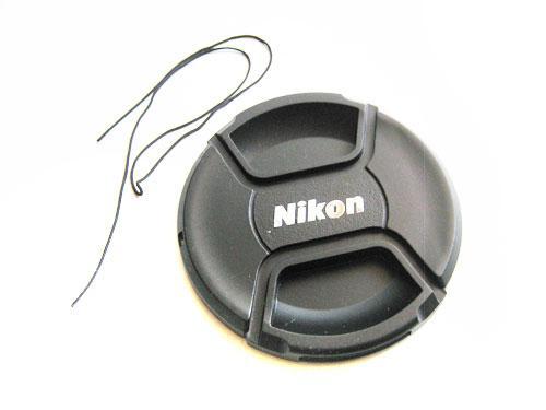 Кришка Nikon діаметр 82мм, зі шнурком, на об'єктив