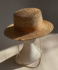 Соломенная шляпа с цепью