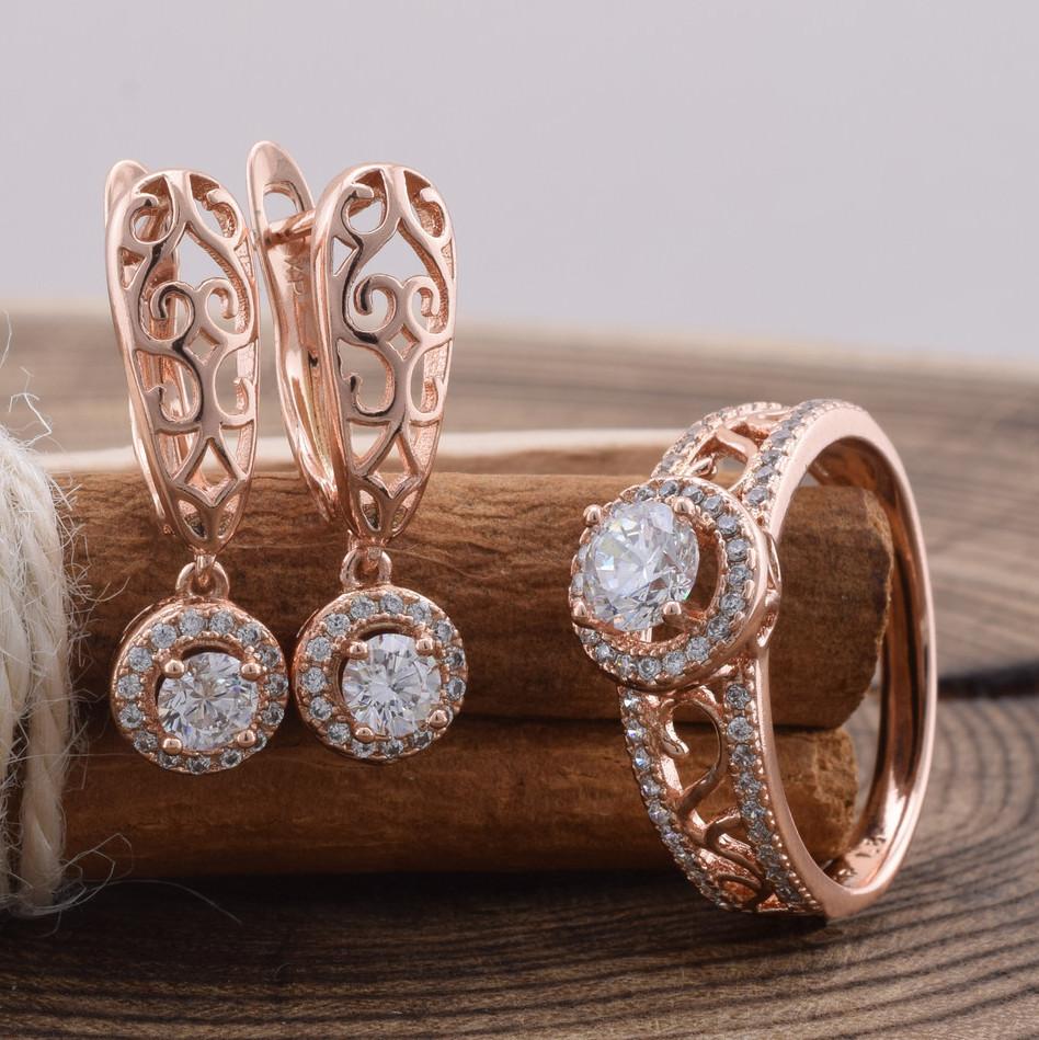 Набор Xuping 90466 кольцо 17р + серьги 23х6 мм белые фианиты позолота РО