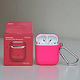 Чехол силиконовый для беспроводных наушников Apple AirPods с карабином Розовый (фуксии), фото 2
