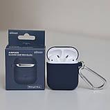 Чехол силиконовый для беспроводных наушников Apple AirPods с карабином Темно-синий, фото 2