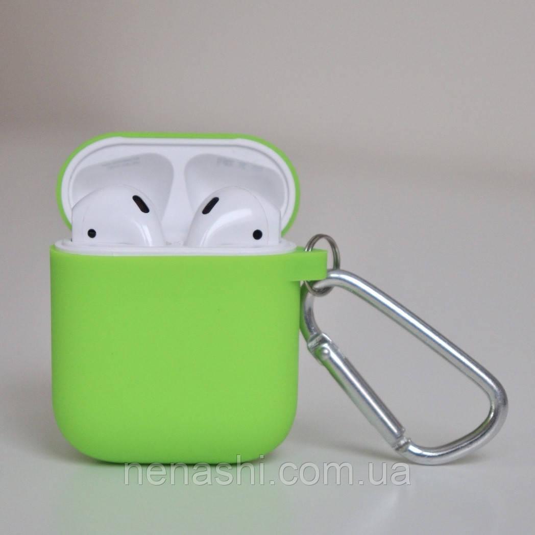 Чохол силіконовий для бездротових навушників Apple AirPods з карабіном Сіро-зелений