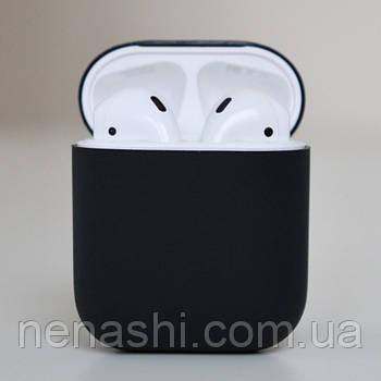 Чехол силиконовый для беспроводных наушников Apple AirPods Черный