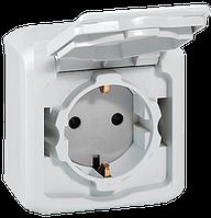 Розетка с заземлением и крышкой Forix IP44 белый