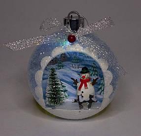 "Елочный шар LED разным цветом 3D фигура ""Снеговик в лесу"" 13,5х11,5х7с"