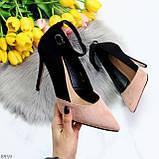 Элегантные черные розовые замшевые туфли на шпильке на ремешке шлейке, фото 9