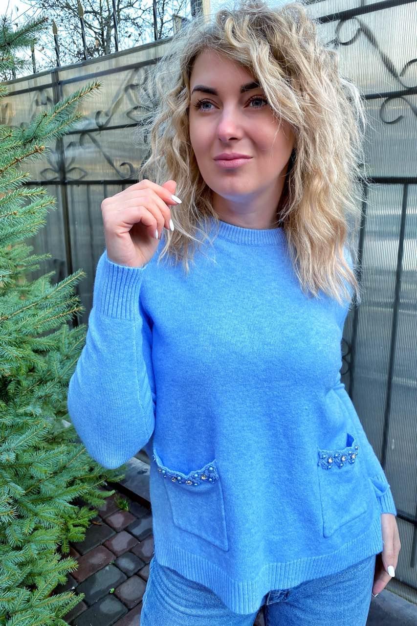 P-M Классический джемпер с карманами украшенными набивным кружевом камнями и жемчугом - голубой цвет, XXL/XXXL