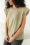 CLEW WOMAN Базовая однотонная футболка с акцентом на плечи - хаки цвет, S, фото 6