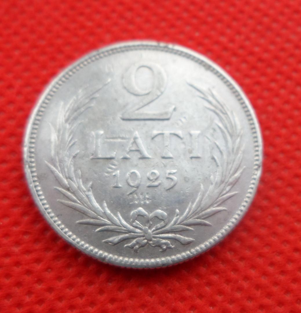 """Латвия 2 лата 1925 г. """"Первая Республика (1922 - 1940)"""" серебро №267"""