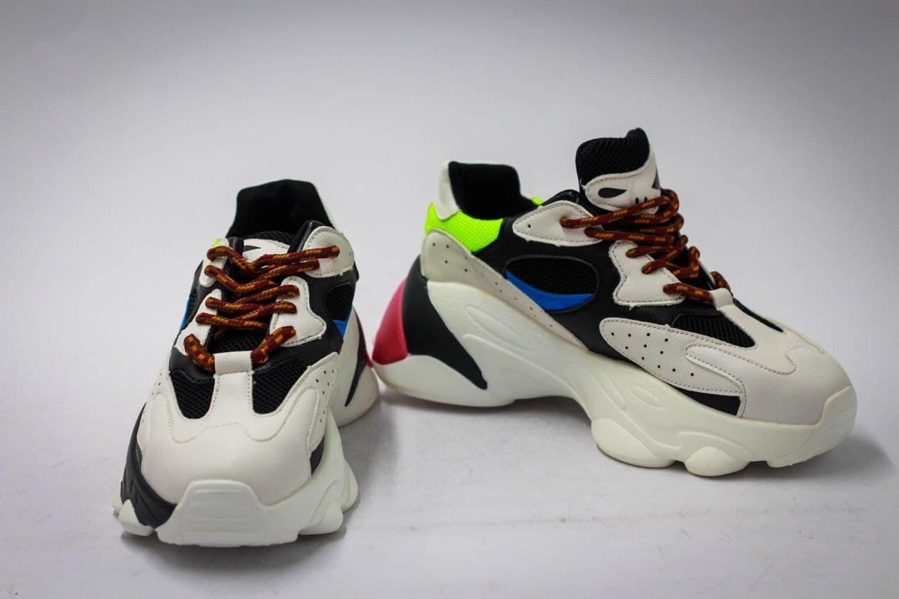 Женские кроссовки весна разноцветные  демисезонная обувь Размер 37-40
