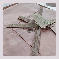 Комплект постельного белья Blumarine 250x200 см Розовый с логотипом из кристаллов Swarovski коробка (6285)