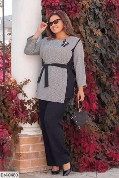 Женский строгий костюм больших размеров черно-серый SKL11-259269