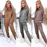 Замшевый спортивный костюм с свободным худи и джогер на резинке и манжетах оверсайз (р. 40 - 58) 52051197, фото 5