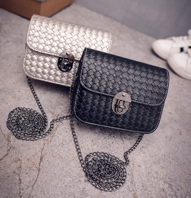 Маленька жіноча сумочка клатч