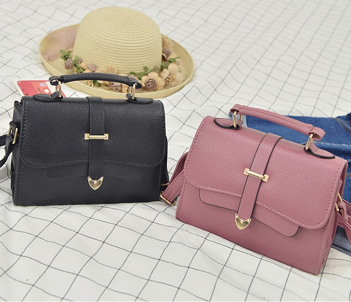 Модна жіноча сумочка