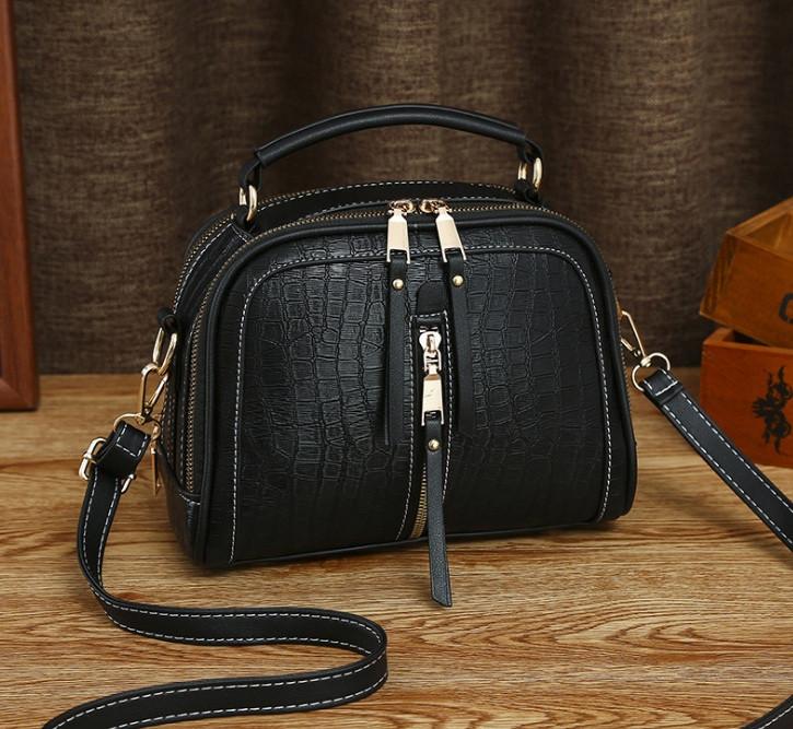 Женская мини сумочка под рептилию, стильная и модная сумка через плечо змеиная