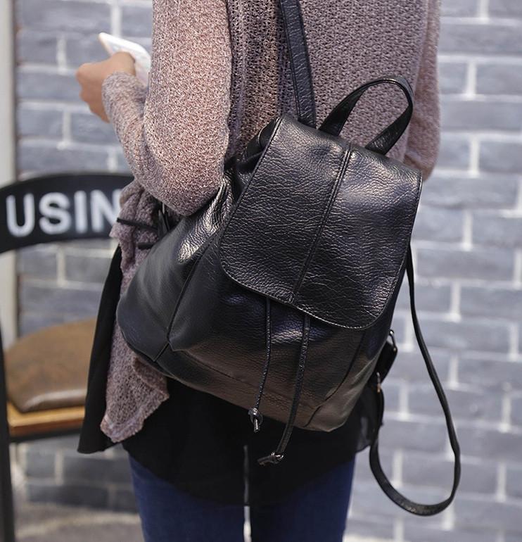 Рюкзак жіночий чорний кожзам