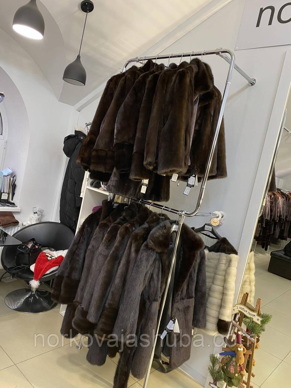 Жіноча норкова жилетка 4XL натурального темно коричневого кольору