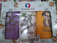 Махровые кухонные полотенца  в красивой подарочной коробке.