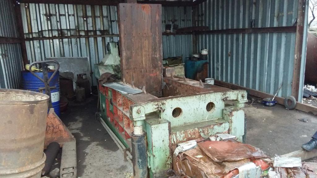 Продажа бу пресса для металлолома