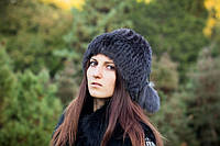 Модная шапка из натурального меха кролика