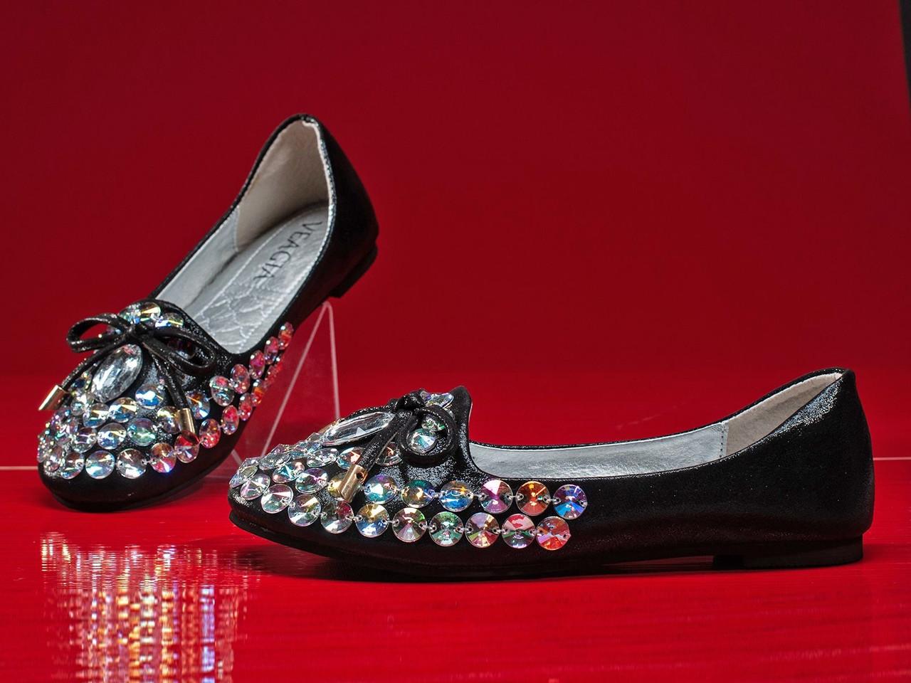 Кроссовки дизайнерские женские 6 пар в ящике черного цвета 36-40
