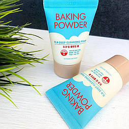 Пінка для вмивання Etude House Baking Powder BB Deep Cleansing Foam мініатюра 30 мл