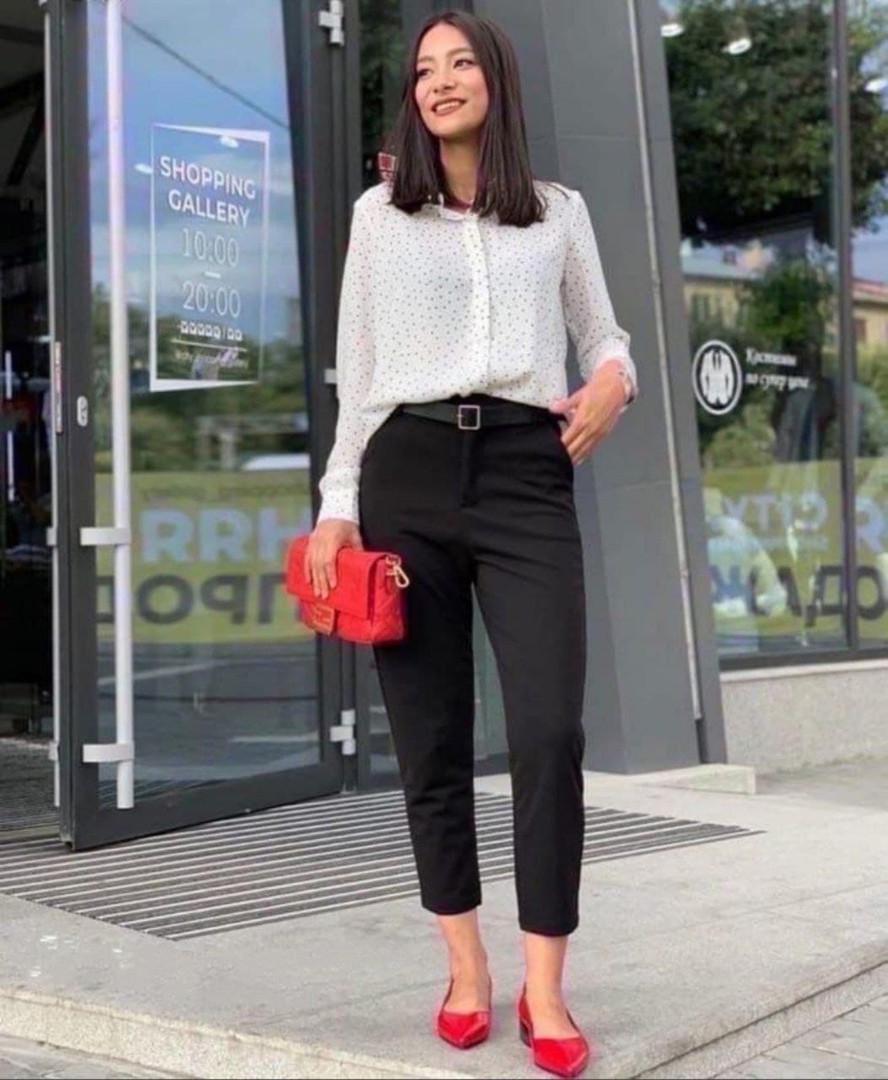 Женские брюки, костюмка класса люкс, р-р 42-44; 46-48; 50-52 (чёрный)