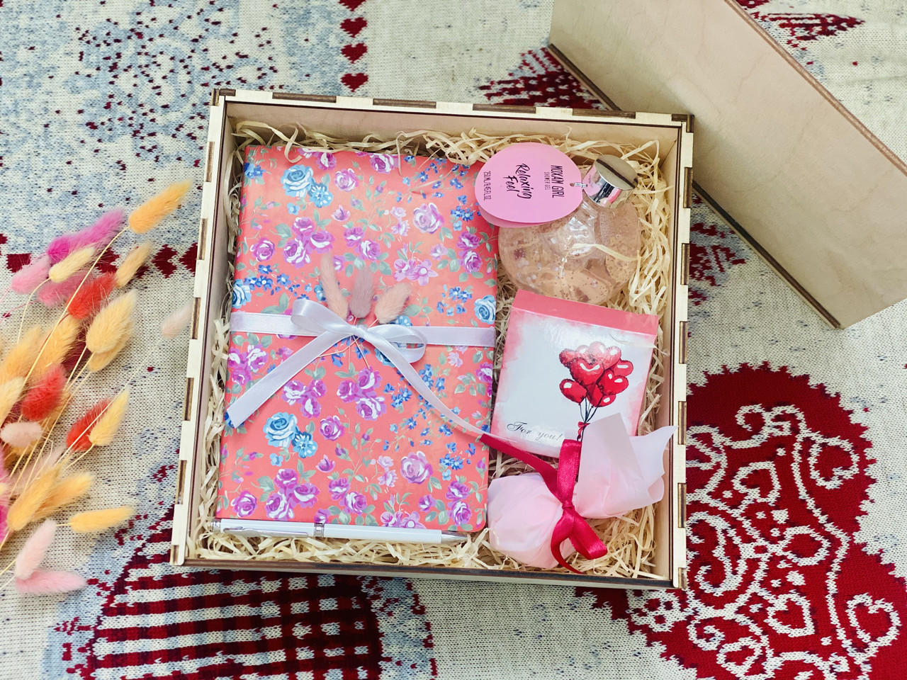 Подарок на день рожденье, 8марта. Подарочный набор девушке.