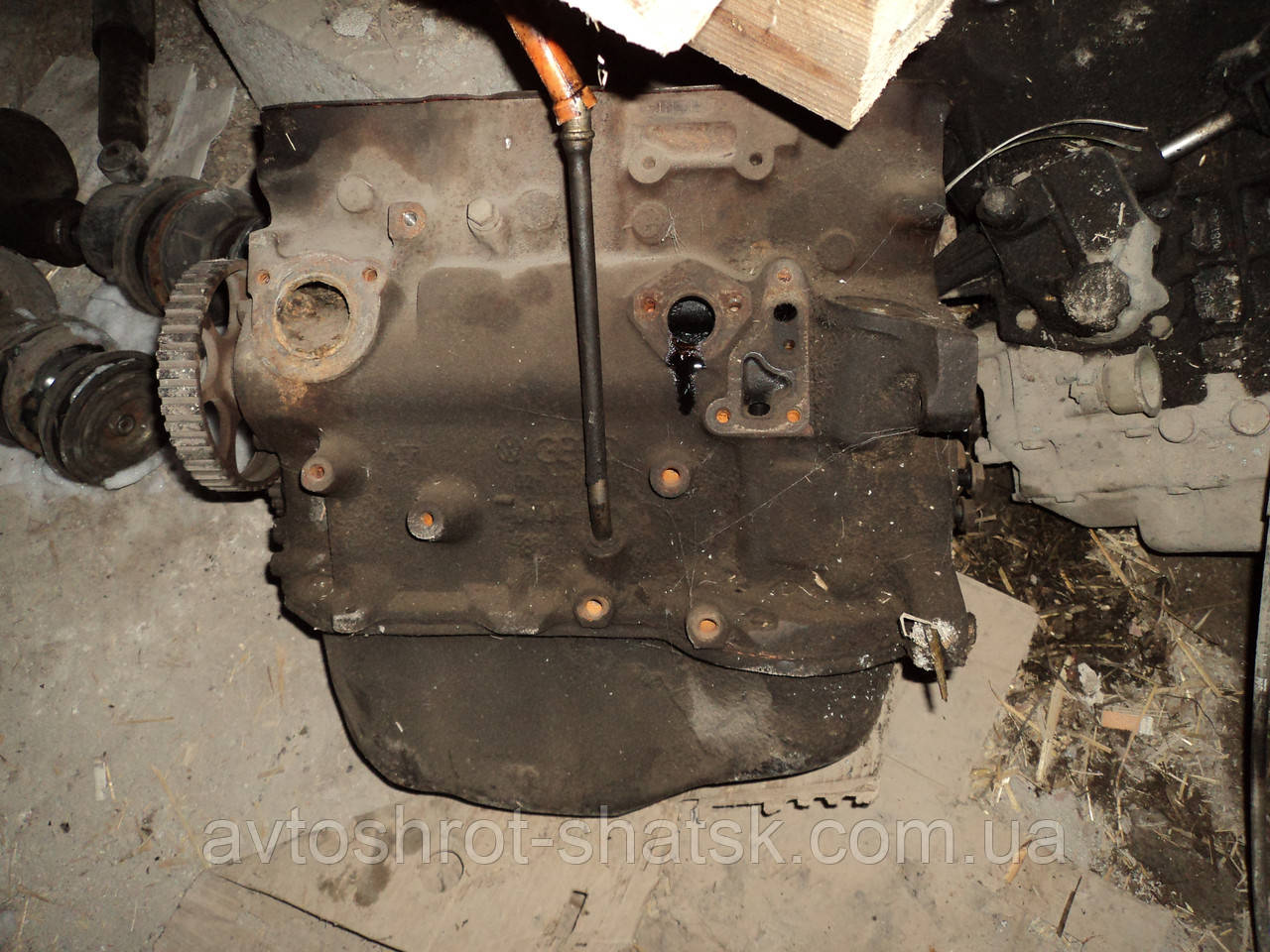 Блок двигуна 1.8 JN