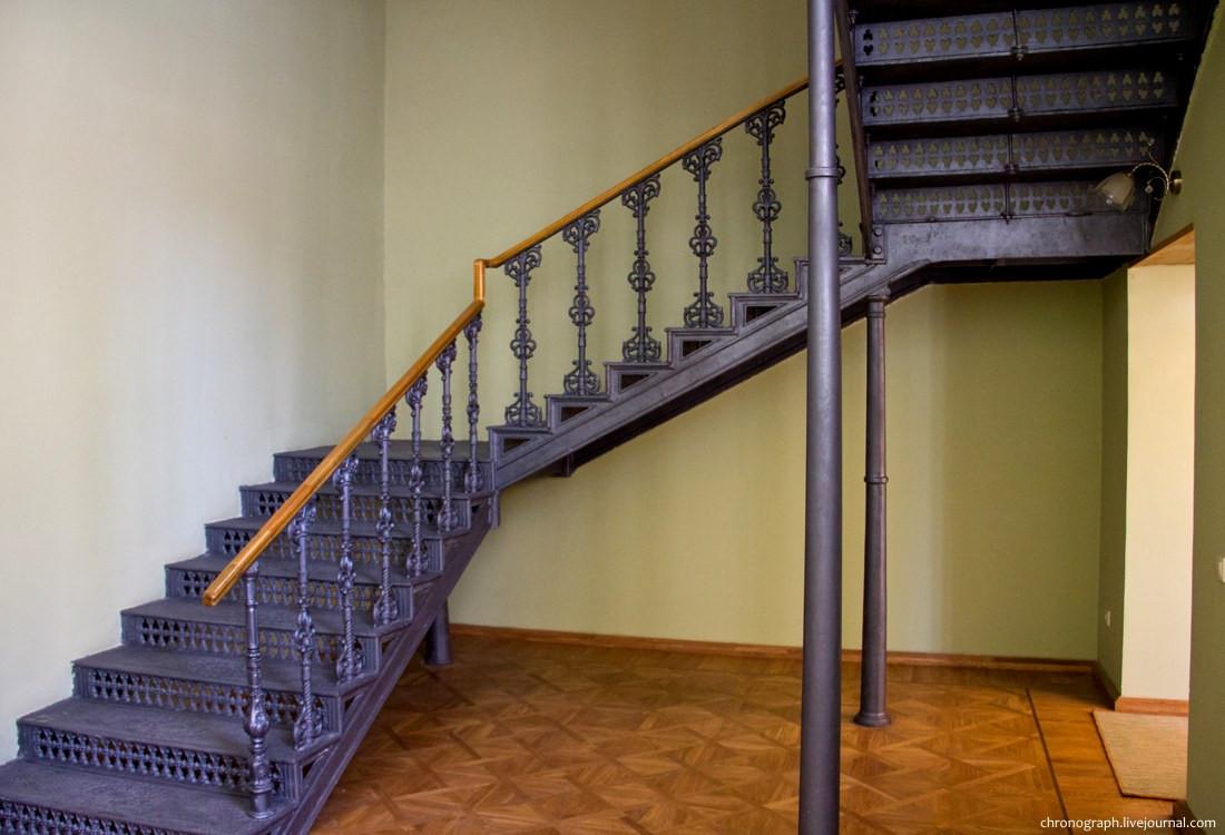 Лестницы на этаж