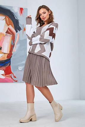 """Комфортный женский костюм юбочный с принтом """"зигзаг"""" цвет капучино,  размер оверсайз 42-50, фото 2"""