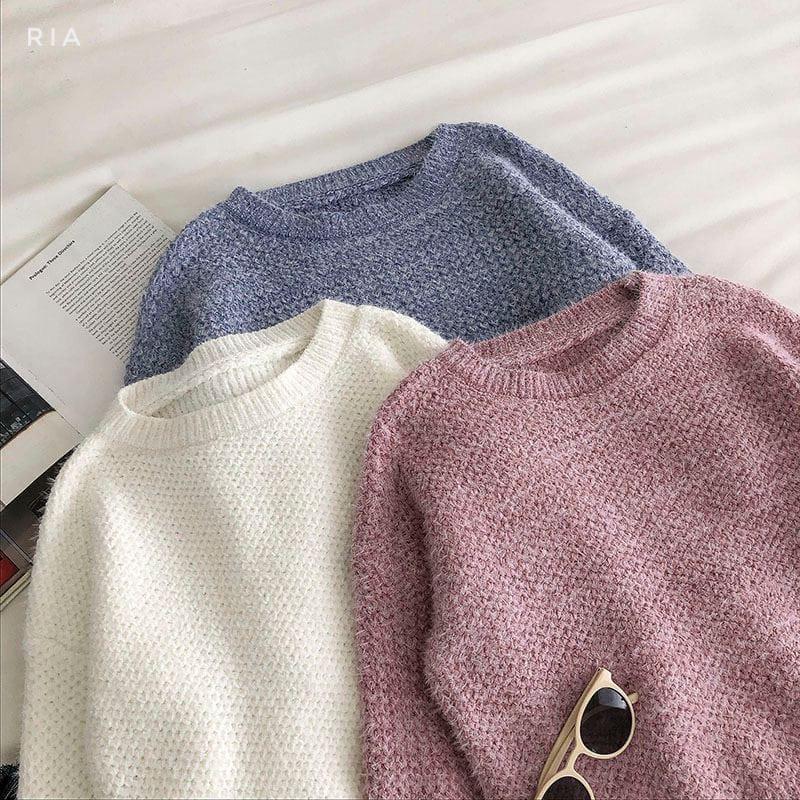 Женский стильный, мягкий, шерстяной свитер