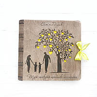 Семейный фотоальбом из дерева оригинальный подарок