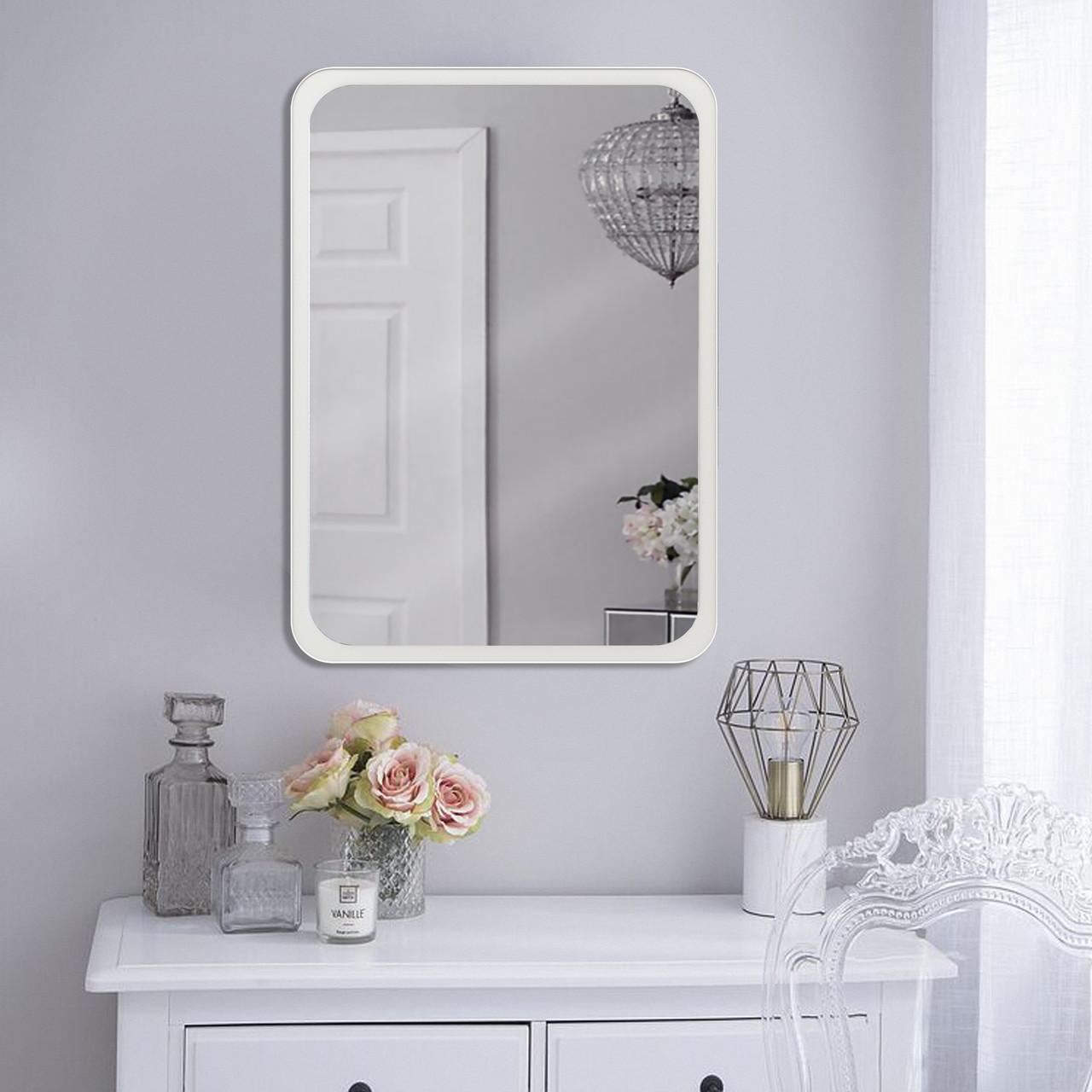 Зеркало на стену 700х500 мм белый