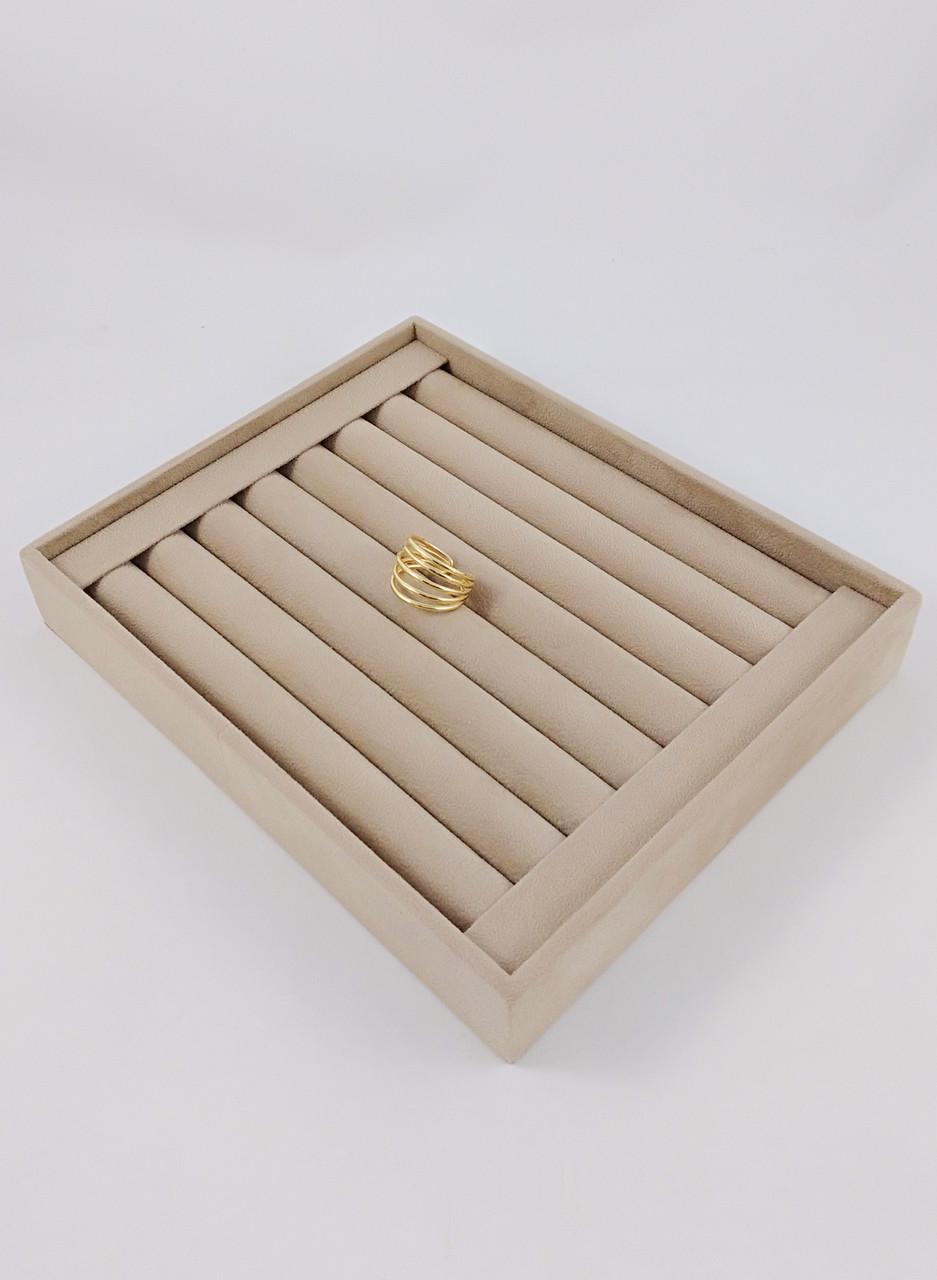 Коробка для демонстрации и хранения украшений