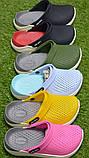 Детские шлепанцы кроксы сабо crocs grey black черные серые р30-35, фото 2