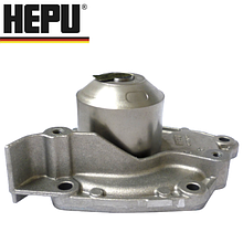 Водяной насос (помпа) на Renault Trafic / Opel Vivaro 1.9dCi (2001-2006) HEPU (Германия) P955
