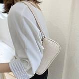 Женская сумочка багет на пластиковой цепочке ремешке рептилия бежевая молочная белая, фото 7