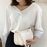 Женская сумочка багет на пластиковой цепочке ремешке рептилия бежевая молочная белая, фото 8