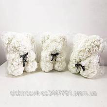 Лучший подарок: мишка из искусственных 3D роз 25 см. Цвет: белый