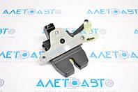 Замок крышки багажника Ford Focus mk3 11-18 4d BM5Z-5443150-B Форд Фокус