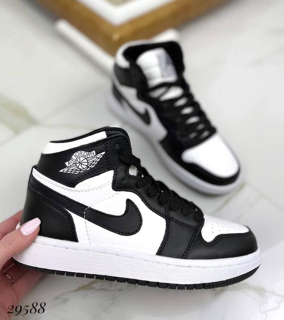 Спортивные кроссовки N Черная эмблема, на белой подошве натуральная кожа
