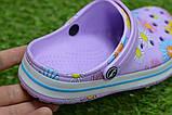 Детские шлепанцы кроксы сабо crocs сиреневые принт цветы р30-35, фото 7