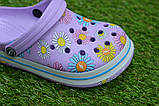 Детские шлепанцы кроксы сабо crocs сиреневые принт цветы р30-35, фото 5