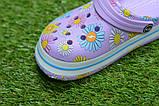 Детские шлепанцы кроксы сабо crocs сиреневые принт цветы р30-35, фото 6
