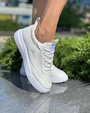 Жіноче взуття Кеди triangle Білі